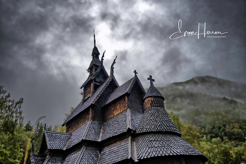 Borgund Stave Church roof.jpg
