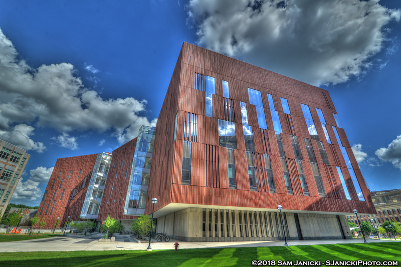 7-04-18 Biological Sciences Building HDR (109).jpg