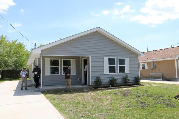 GCCISD employee receives a Habitat home