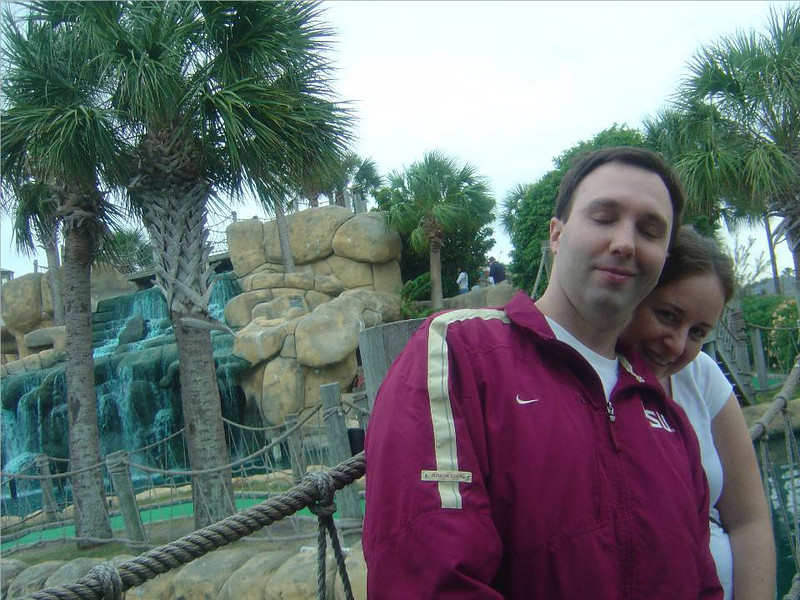DSC03577-Mark and Roe-Mini Golf-Corpus Christi TX-Thanksgiving- Nov 2008.jpg