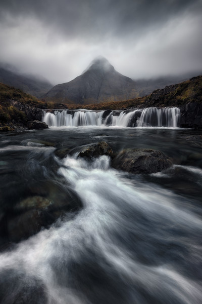Fairy pools main river flow mountain scotland isle of skye 2.jpg