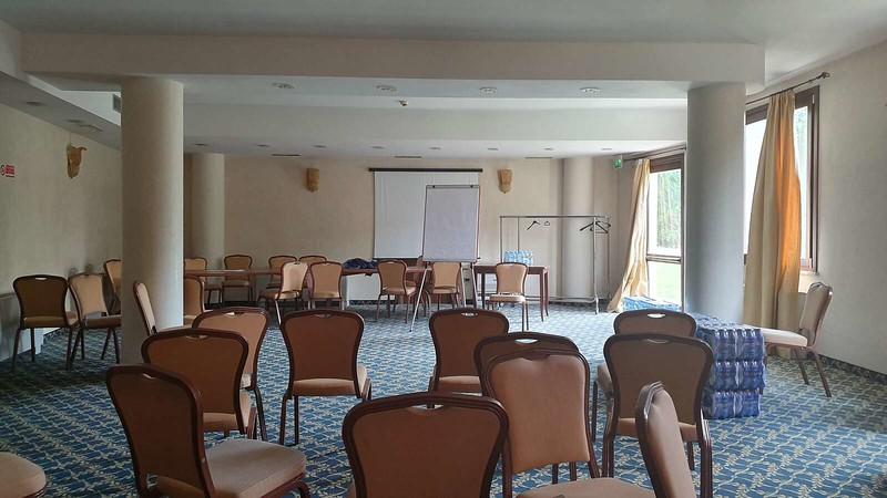 009 -  ROMA DOMUS HOTEL - MEETING ROOM - LARGE.jpg
