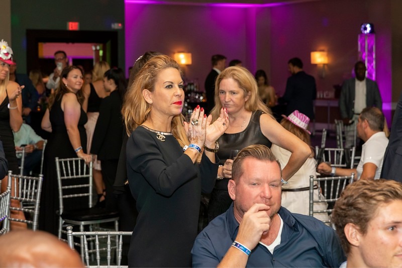2019_11_Yachtail_Party_00765.jpg