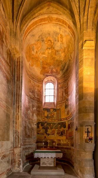 Benediktinerinnenkloster St. Johann in Müstair: Im Innern der Klosterkirche