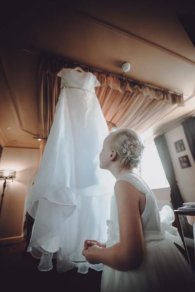 Thomas & Kayleigh Wedding Photos