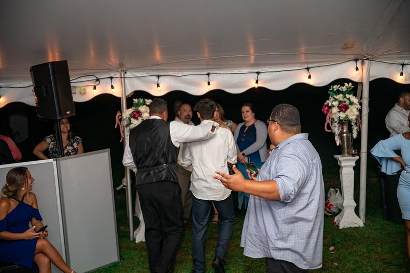 Rob & Gladys Wedding (2109).jpg