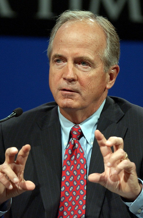 . WALNUT CREEK, CA - SEPTEMBER 3:  Peter Ueberroth, Republican candidate for governor in the October 7 recall election, makes a point during a debate at the Dean Lesher Regional Center for the Arts September 3, 2003 in Walnut Creek, California. Five of the 135 candidates for governor were scheduled to debate following Davis\' interview. Republican front-runner Arnold Scwarzenegger declined to attend.  (Photo by Paul Sakuma-Pool/Getty Images)