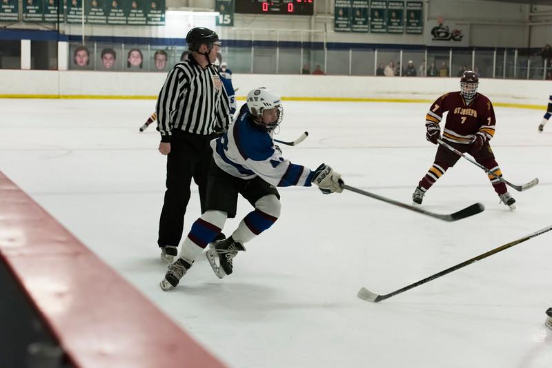 Wildcats hockey Seniors 2-18-17_0479.jpg