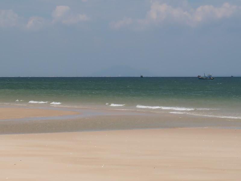 IMG_3307-tan-beach-sea.JPG