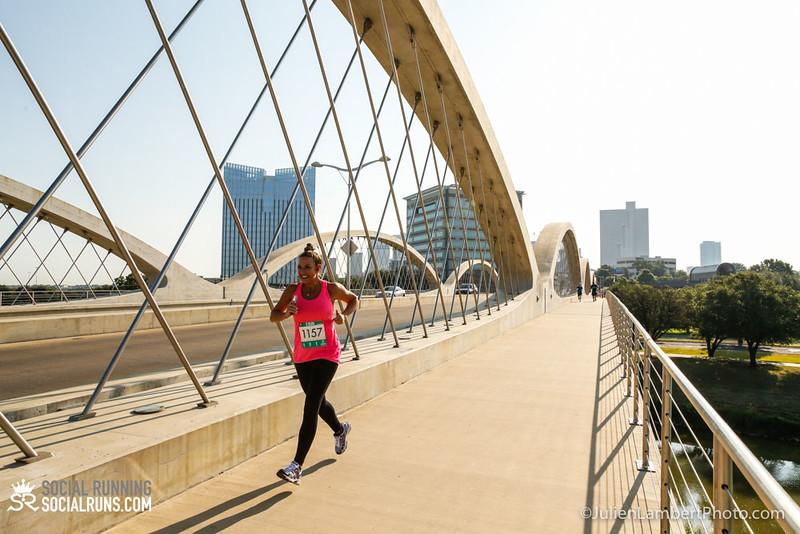 Fort Worth-Social Running_917-0177.jpg