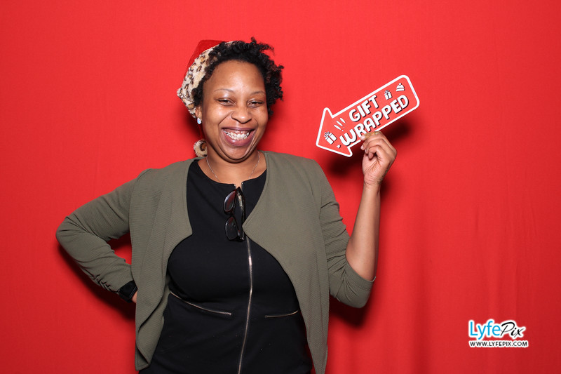 eastern-2018-holiday-party-sterling-virginia-photo-booth-1-213.jpg