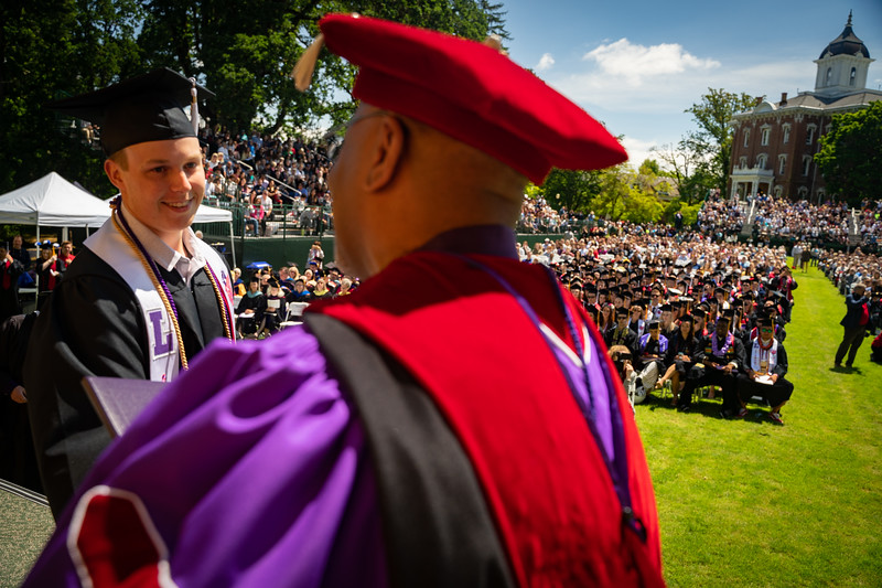 1905_26_graduation_pickhardt-05455.jpg