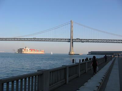 Jen takes ferry to Gap HQ in SF