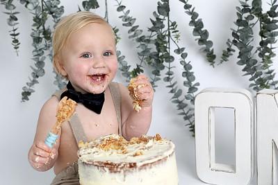 Jasper's Cake Smash