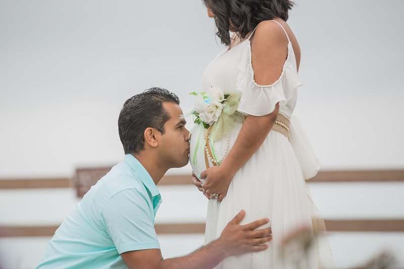 Maternity Shoot-1133.jpg