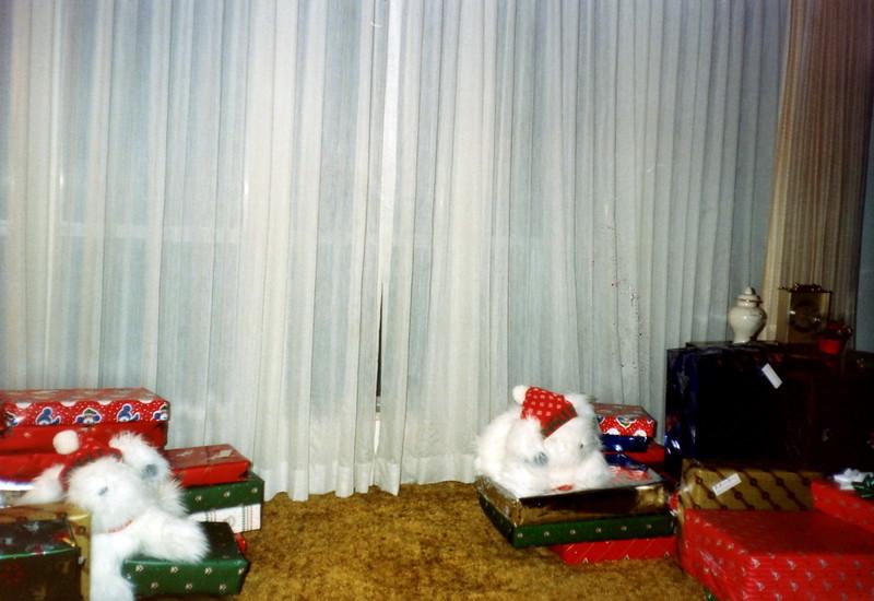 121183-ALB-1985-14-164.jpg