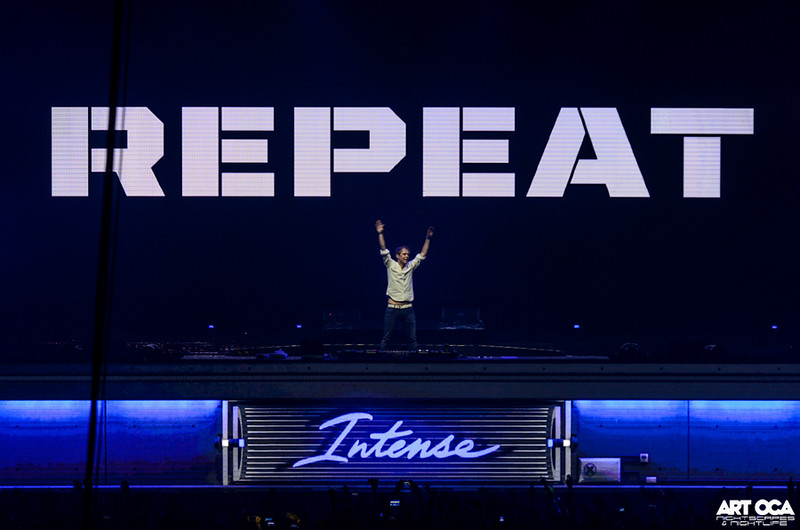 Armin Only at SM MOA Arena (19).jpg