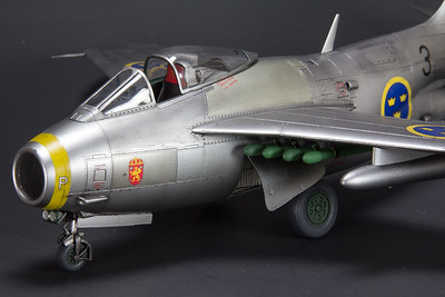 Hobby Boss J-29B Tunnan