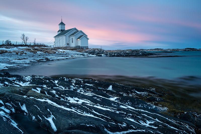 Kirche zur blauen Stunde