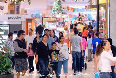 2013-11-29 Black Friday at Desert Sky Mall