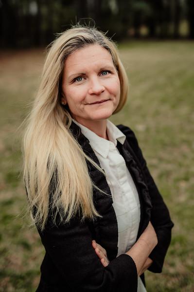 Debra Aase-Farnum