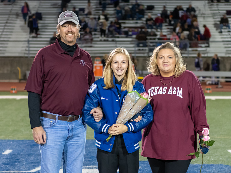 LV2019_SeniorNight-80.jpg