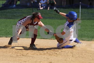 Mon Don softball vs Lacey 4-09