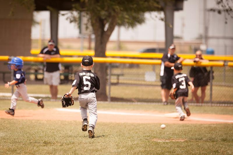 Younger Baseball-68.jpg