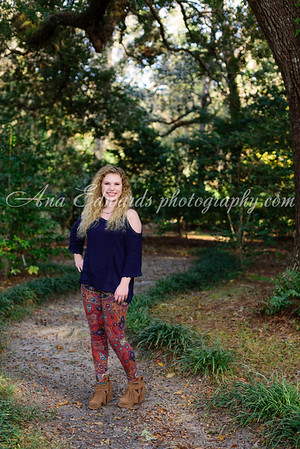 Hannah.  2017 Mosley HS Senior  |  Eden Gardens