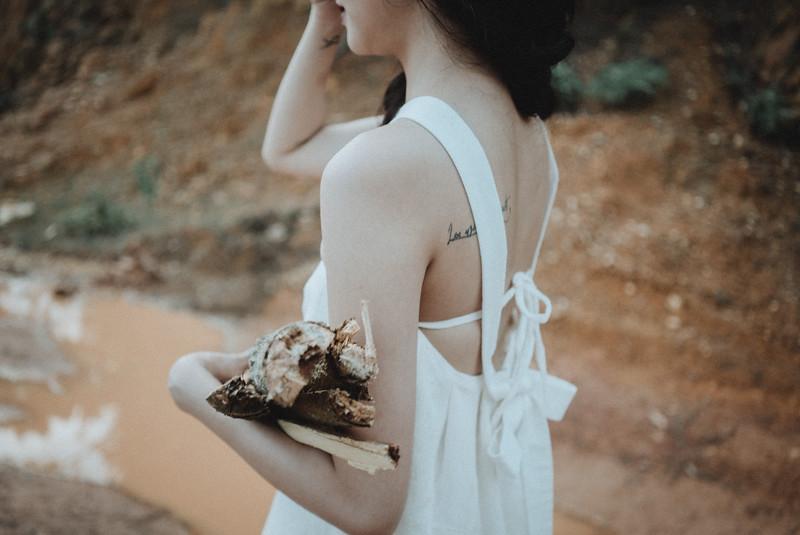 Tu-Nguyen-Destination-Wedding-Photography-Elopement-Vietnam-Pali-Louis-w-165.jpg