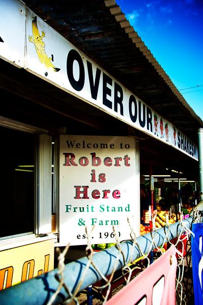 robert-is-here-2_14211180162_o.jpg