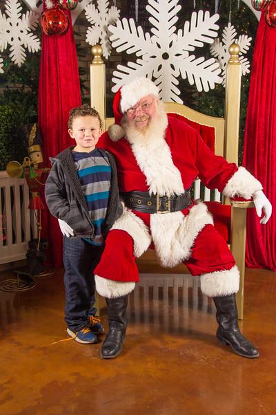 Santa 12-16-17-354.jpg