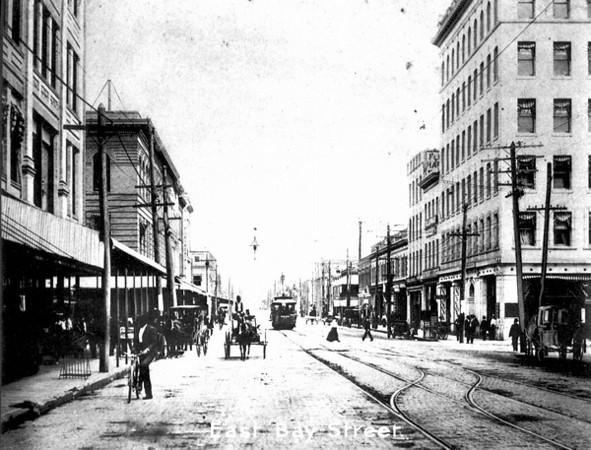 Bay 1904.jpg