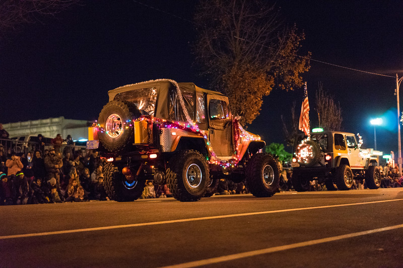Light_Parade_2015-08331.jpg