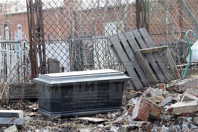 13.04.2018 Старообрядческое захоронение на Арском кладбище (Александр Эшкинин)