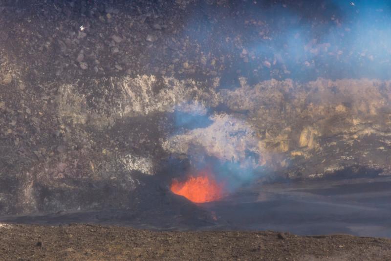 volcano eruption Halamaumau Crater LRE -3550.jpg