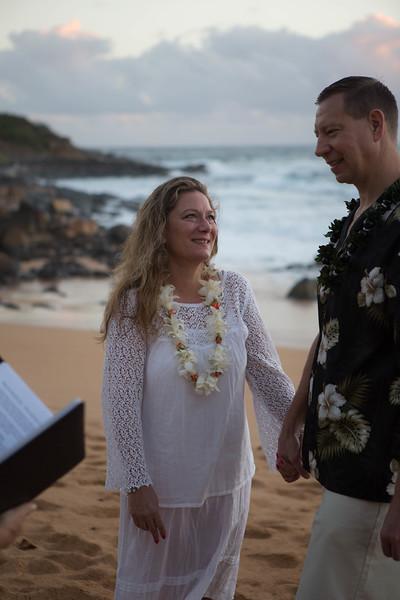 Kauai-sunrise-wedding-27.jpg