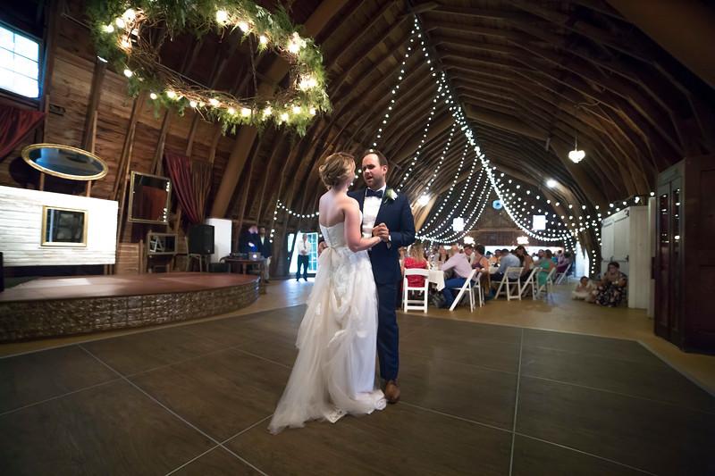 Garrett & Lisa Wedding (586).jpg