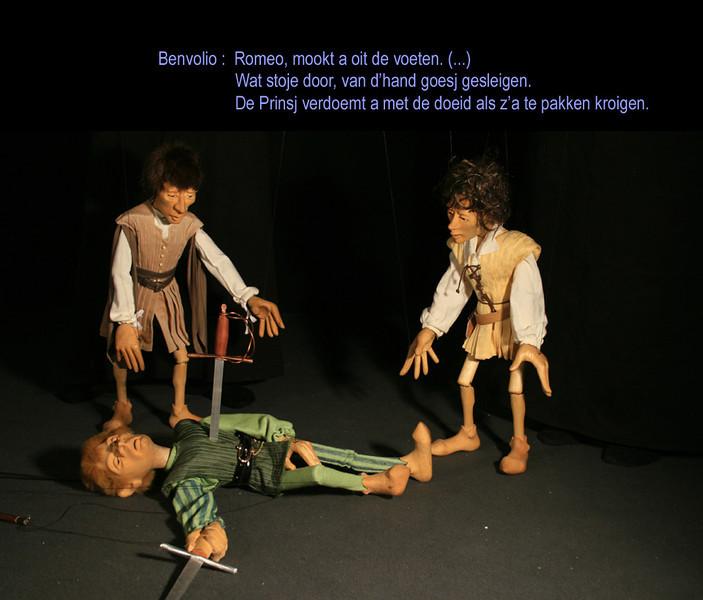 R&J.32_Romeo steekt Tybalt dood.jpg