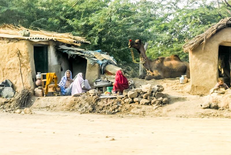 Roads_in_India_1206_045.jpg