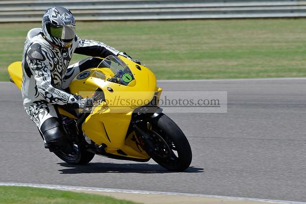 2012-03-24_25 Yellow/Black Int