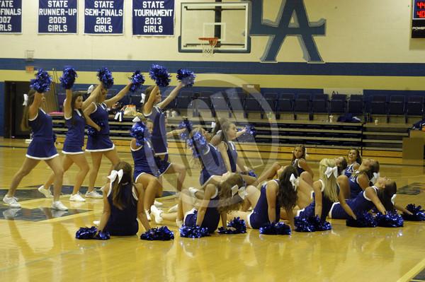 2013 Livingston Academy Cheerleaders