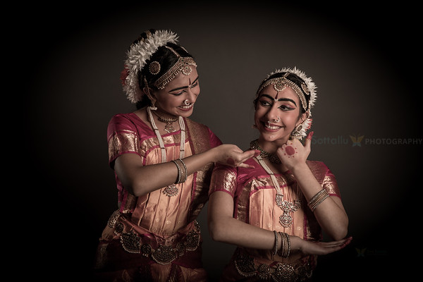 Vyom and Vishva
