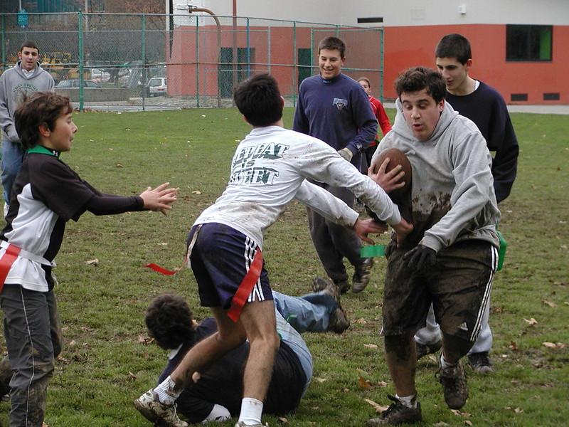 2004-11-28-GOYA-Turkey-Bowl_060.jpg