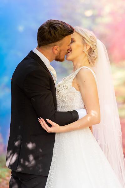 A splash of bridal colour