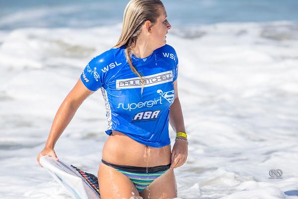 Surfer_Girl