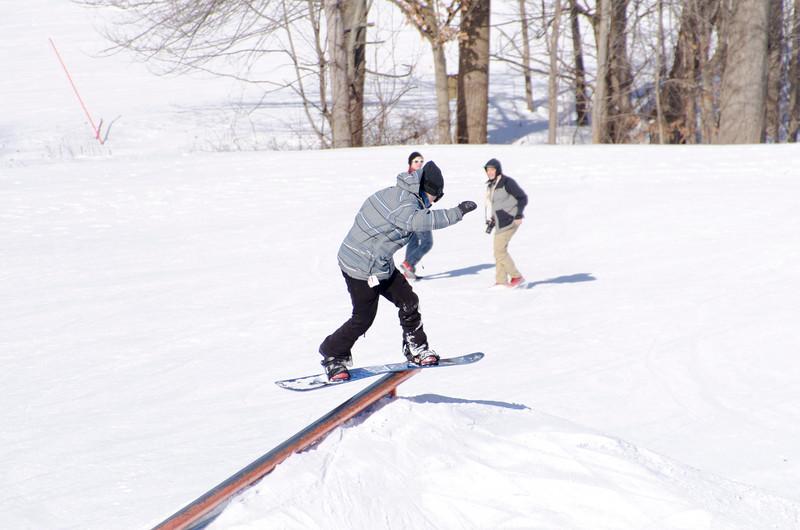 Snow-Trails-Rail-Jam-8102.jpg