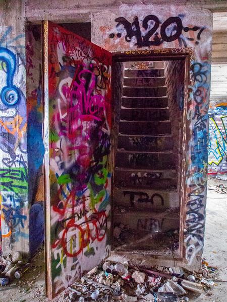 tampere graffiti stairway.jpg