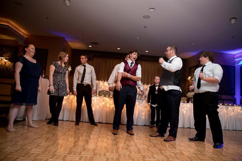 Amanda & Tyler Wedding 1049.jpg