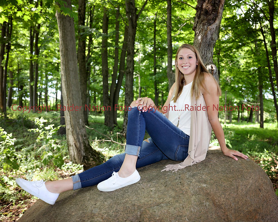 Class of 2017 Sample Senior Pictures